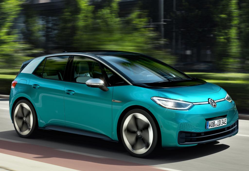 Volkswagen ID.3 é o primeiro carro da família de elétricos da Volkswagen e tem plataforma MEB