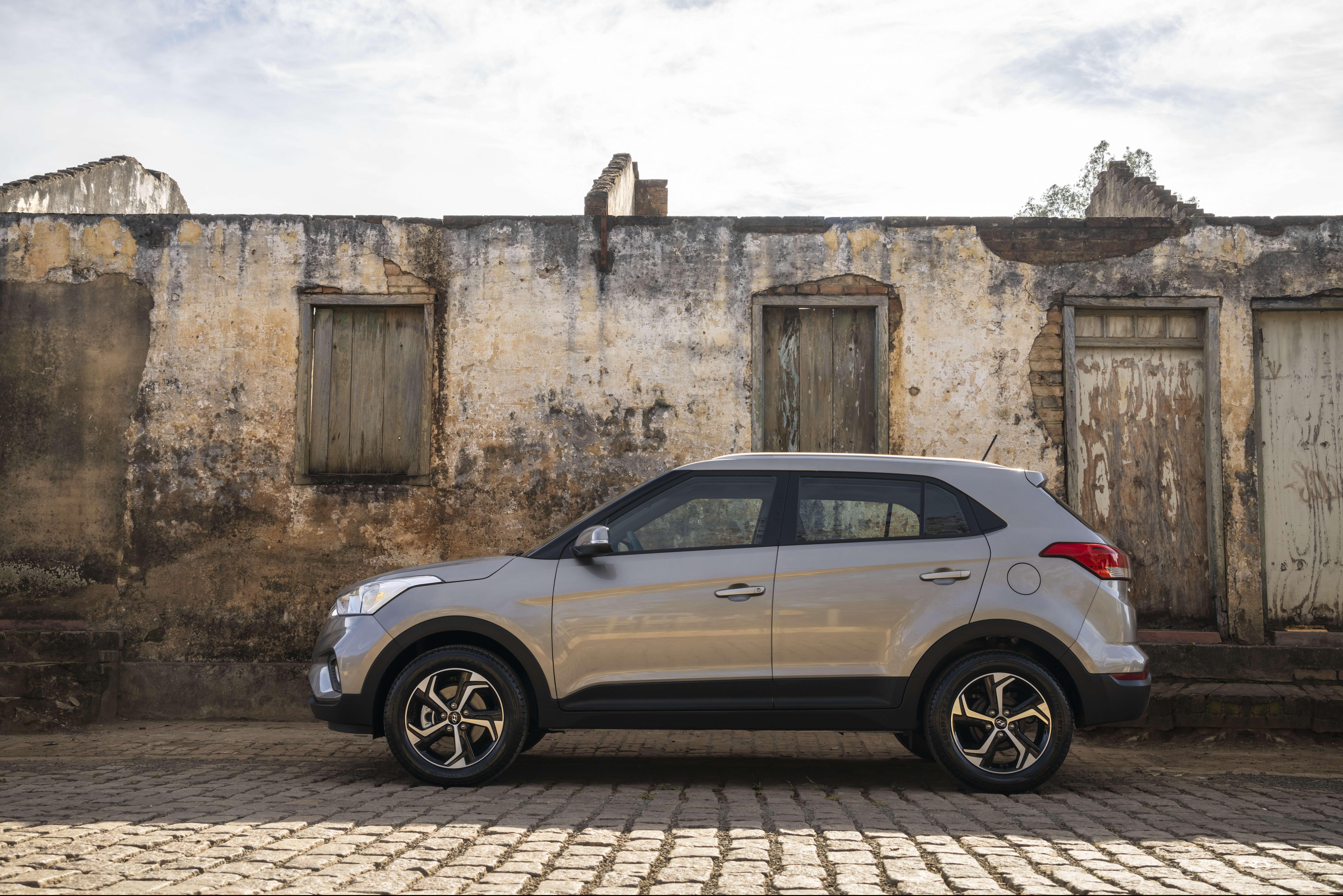 Hyundai-Creta-Smart-Plus-1.6-AT-e1597248652542.jpg