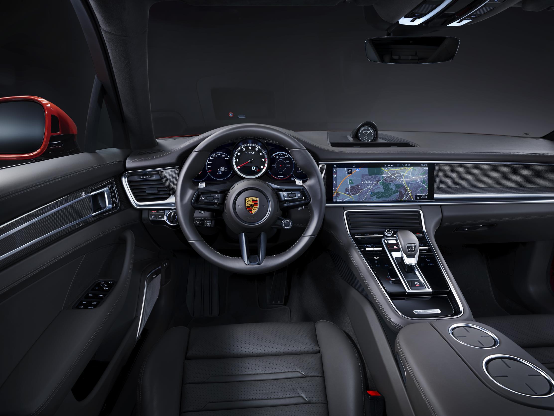 Porsche Panamera 2021 (10)