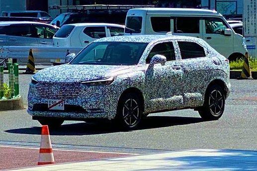 Nova geração: Honda HR-V 2021 já roda em testes no Japão