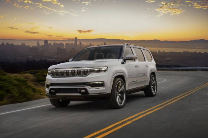 2022-Jeep-Grand-Wagoneer-Concept-1
