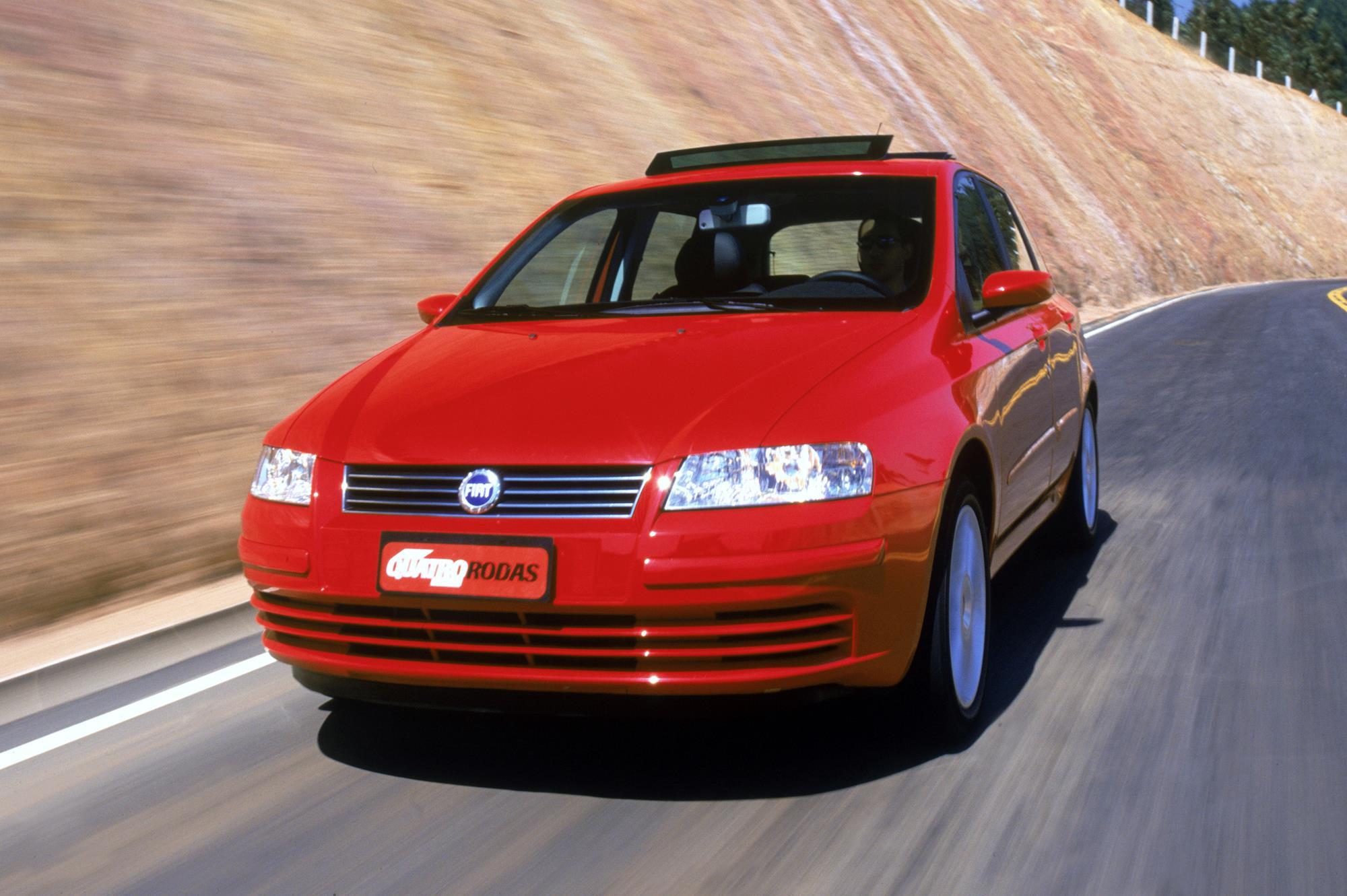 Fiat Stilo Abarth tinha motor 2.4 do Marea e passaria dos R$ 230.000 hoje