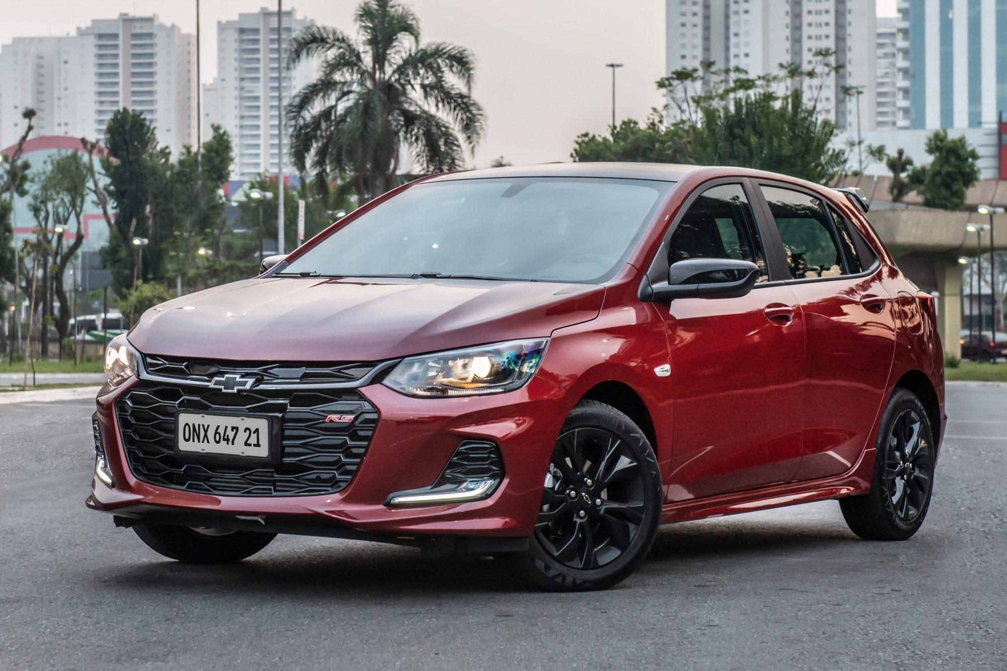 Exclusivo: Chevrolet Onix RS custa R$ 75.590; Midnight sai por R$ 81.390