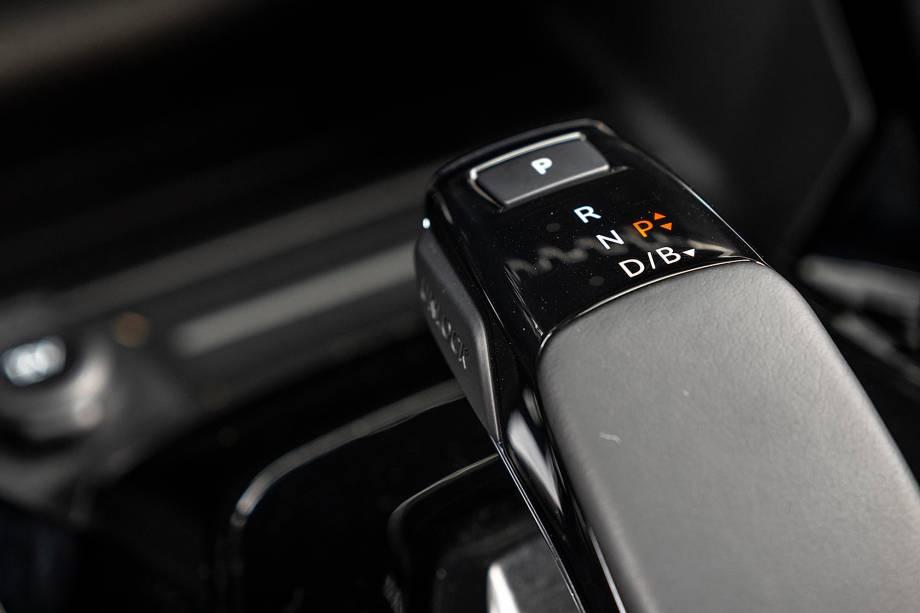 Não há câmbio joystick nas versões flex