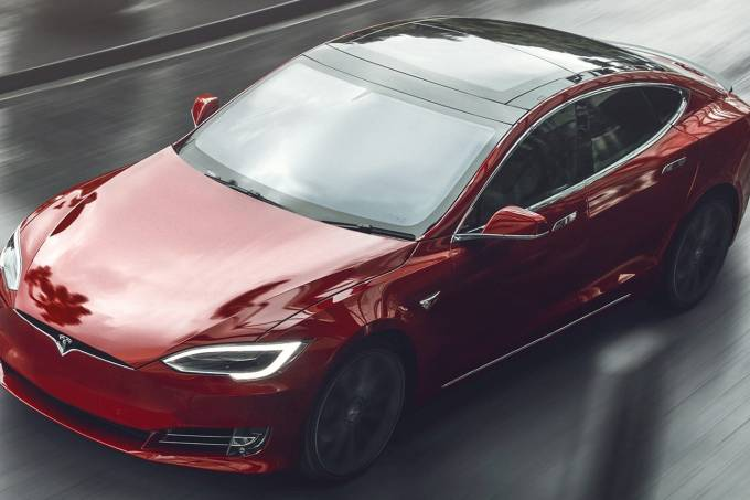 Tesla-Model-S-Plaid-1a