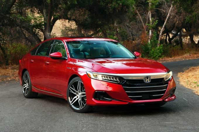 2021-Honda-Accord-Hybrid-8