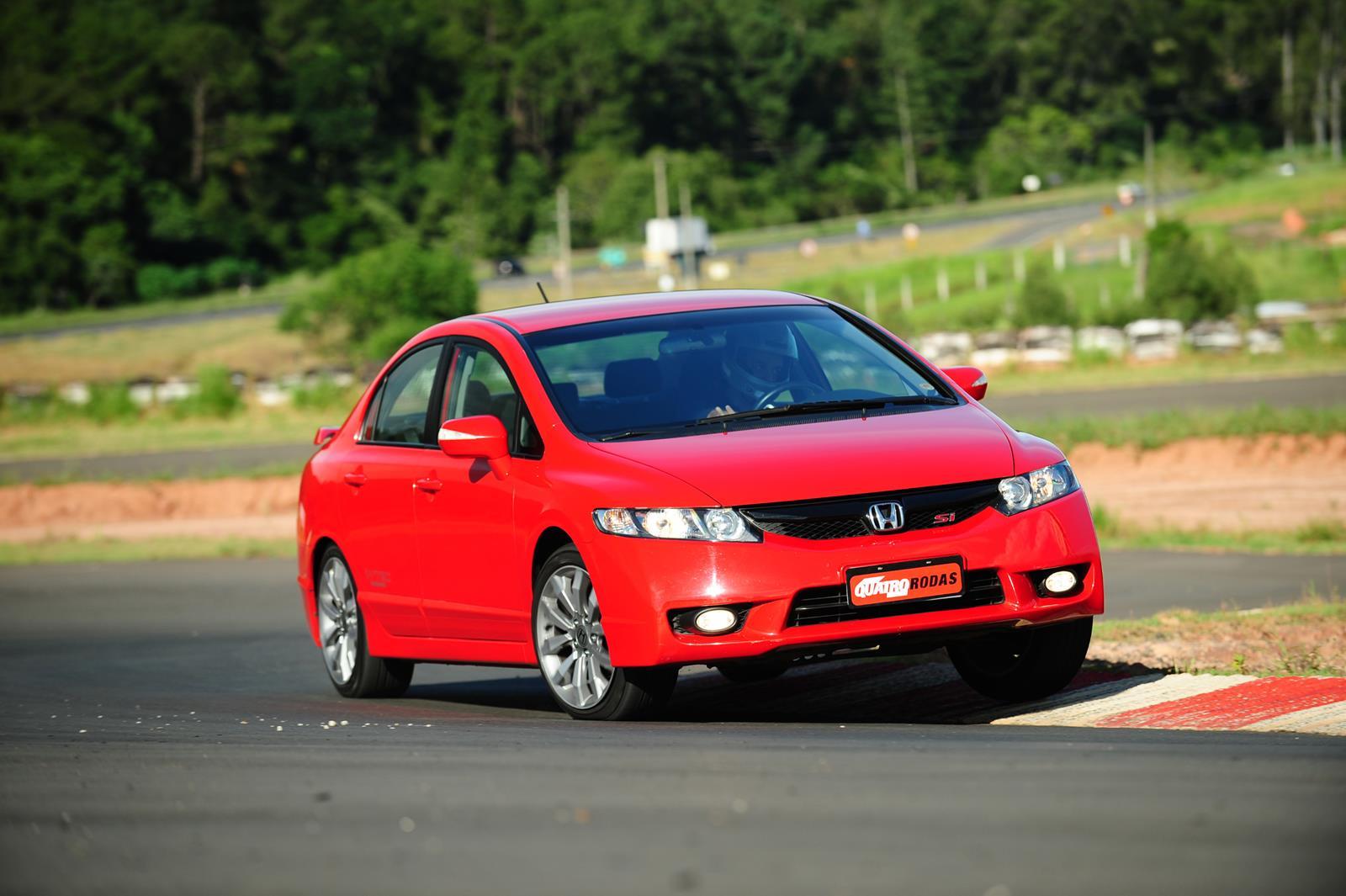 Civic SI modelo 2011 da Honda, durante teste comparativo da revista Quatro Rodas_1