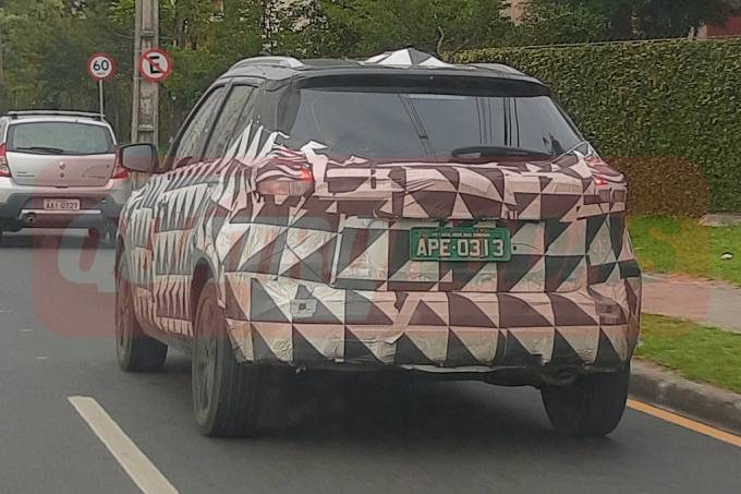 Flagra novo Nissan Kicks