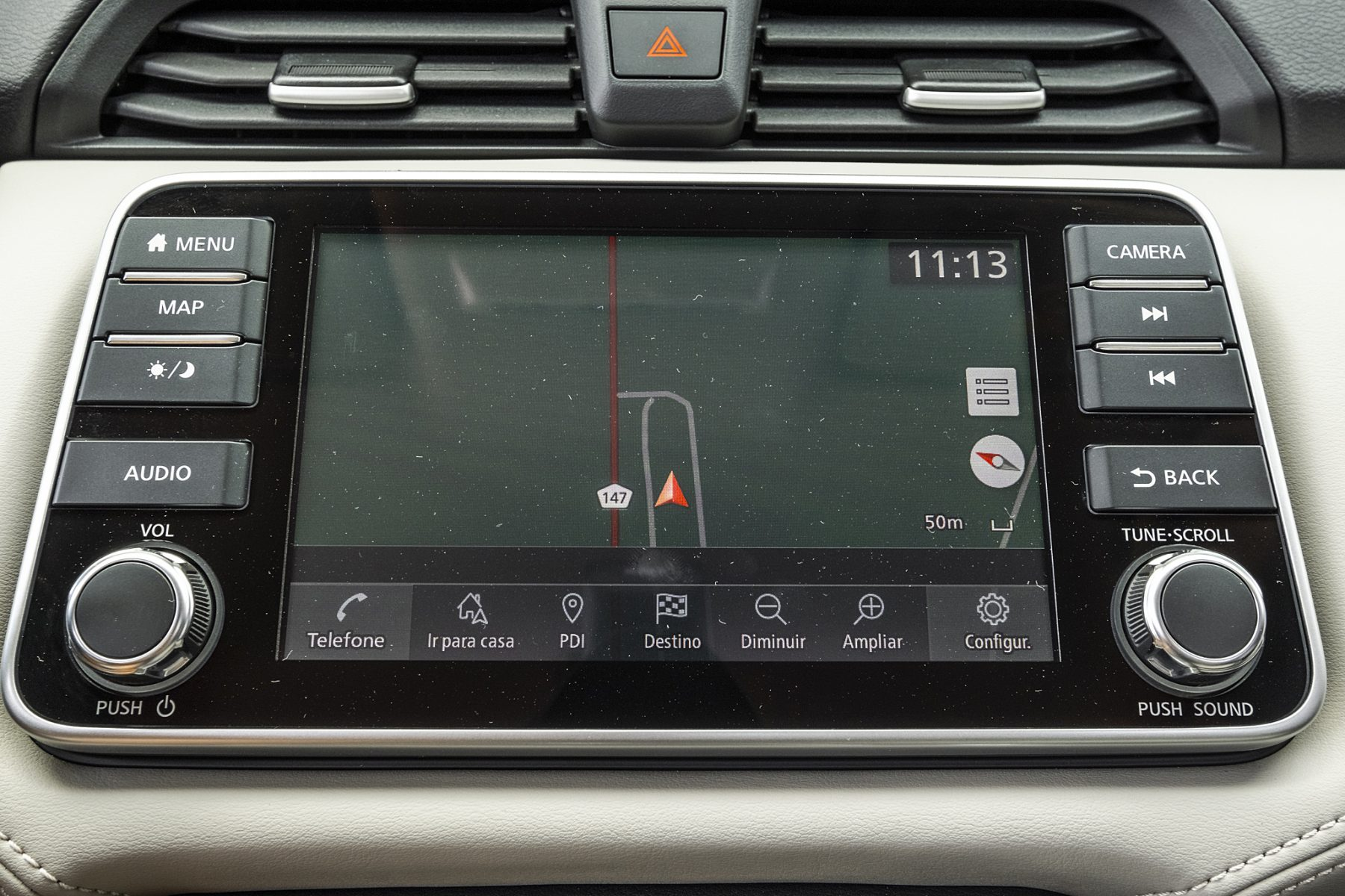 Novo-Nissan-Versa-2021-739--e1605735946209.jpg