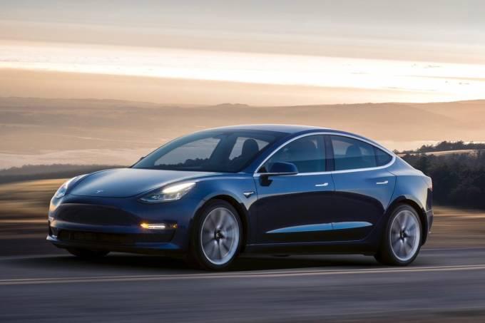 Tesla-Model-3-0001