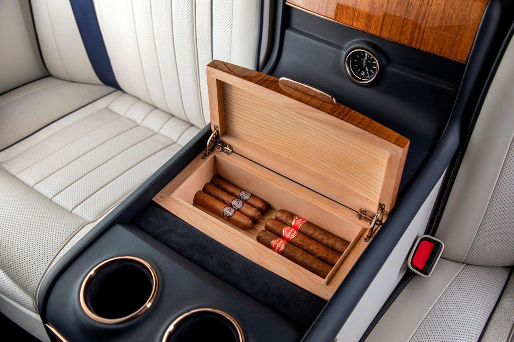 Mercedes-Benz Classe V Artisian Edition Okçu