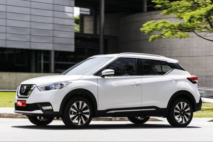 Nissan Kicks Branco