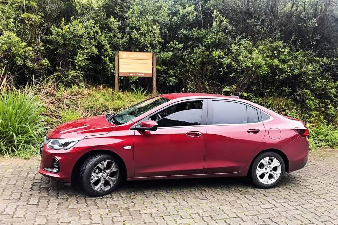 Chevrolet Onix Plus Premier (1)