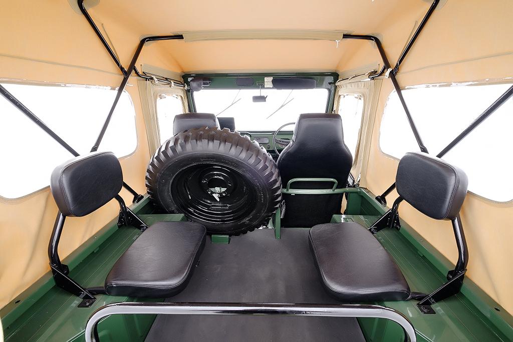 Suzuki Jimny JL20