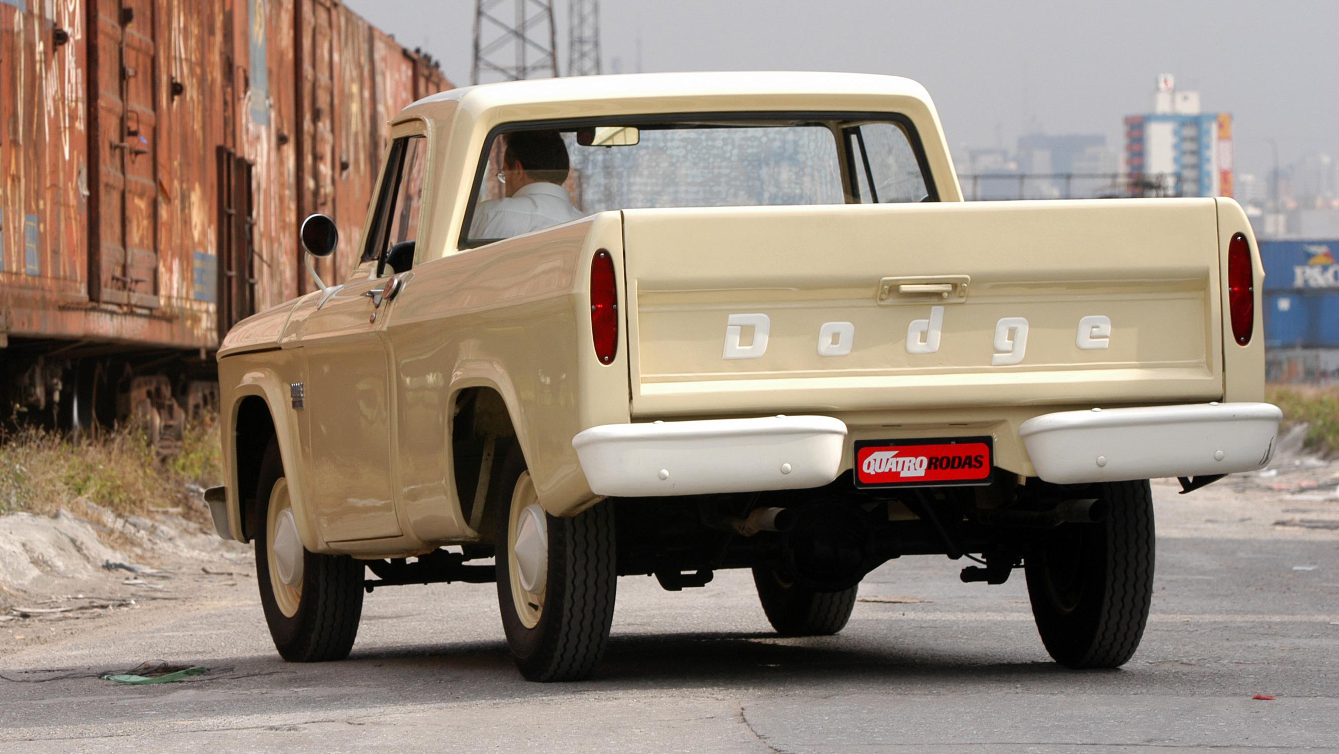 Picape Dodge D 100, ano 1970 da Chrysler, pertencente ao proprietario Fábio Stei_3