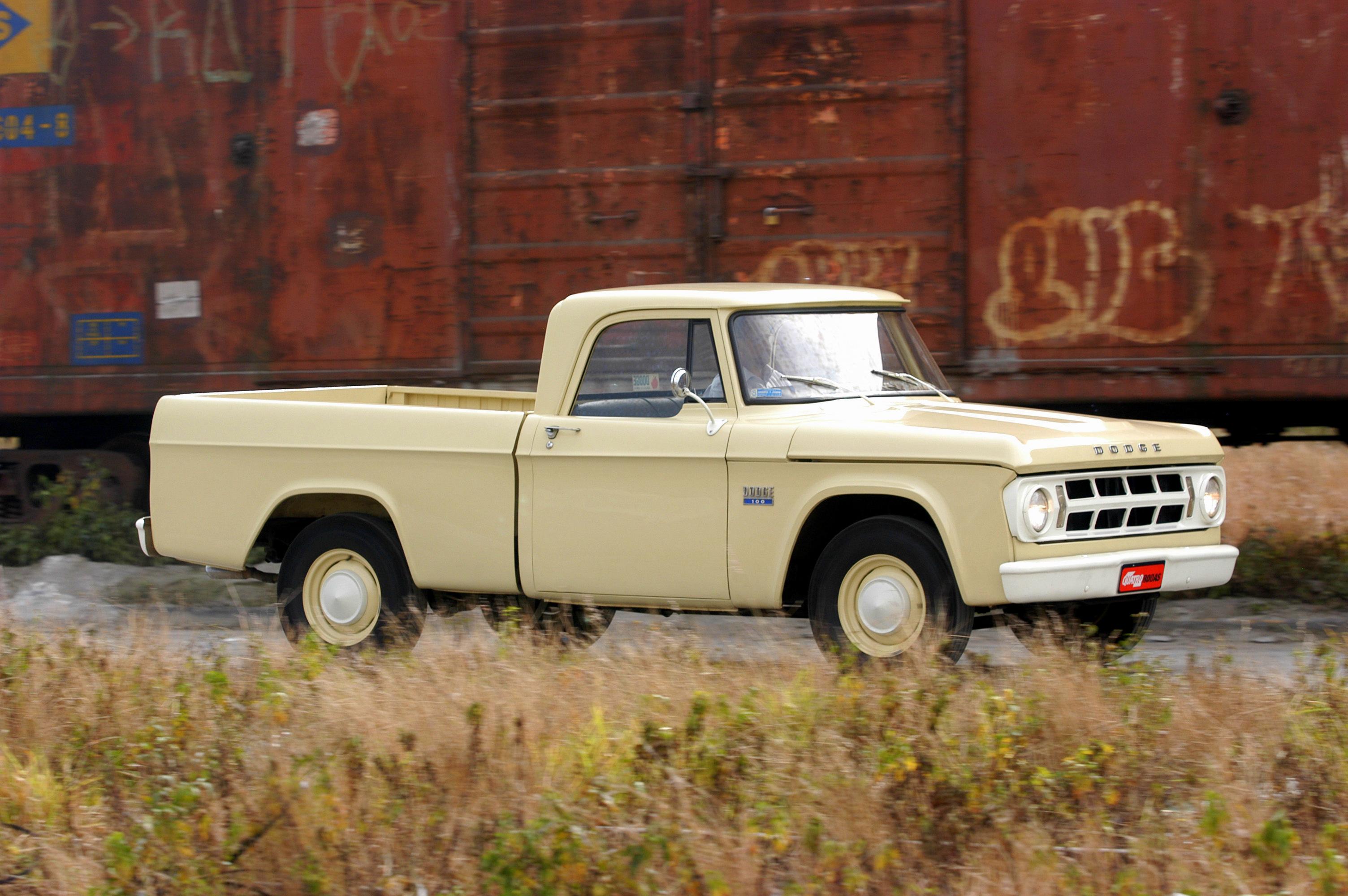 Picape Dodge D 100, ano 1970 da Chrysler, pertencente ao proprietario Fábio Stei_6