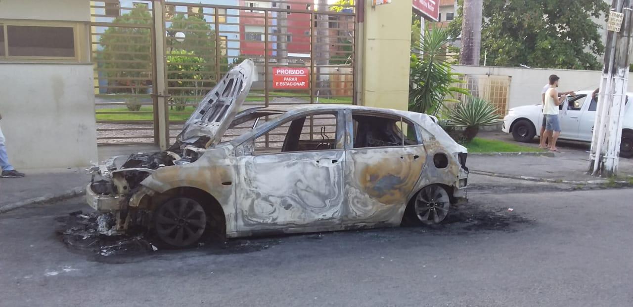 Chevrolet Onix fogo Itabuna