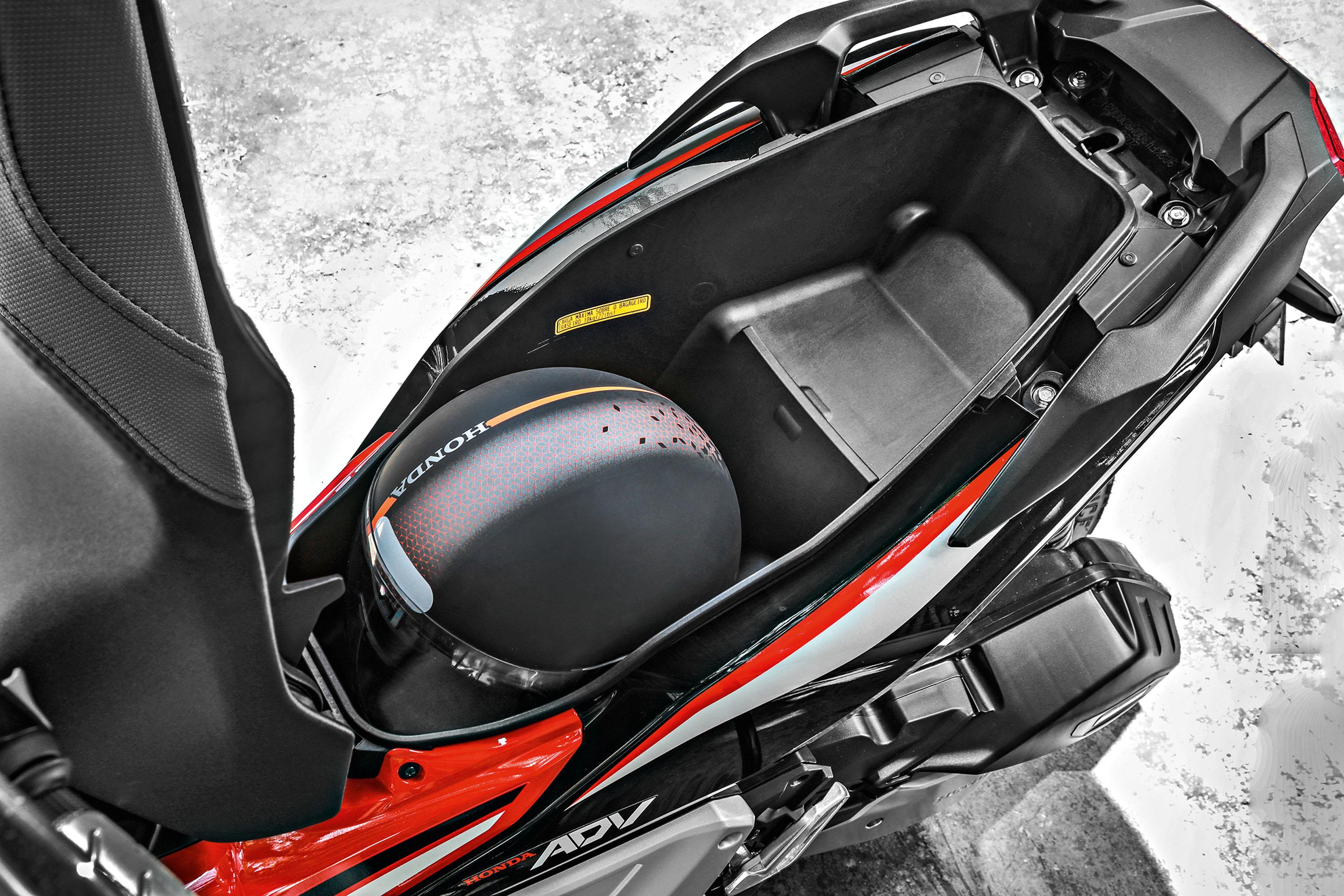 Bagageiro da Honda ADV