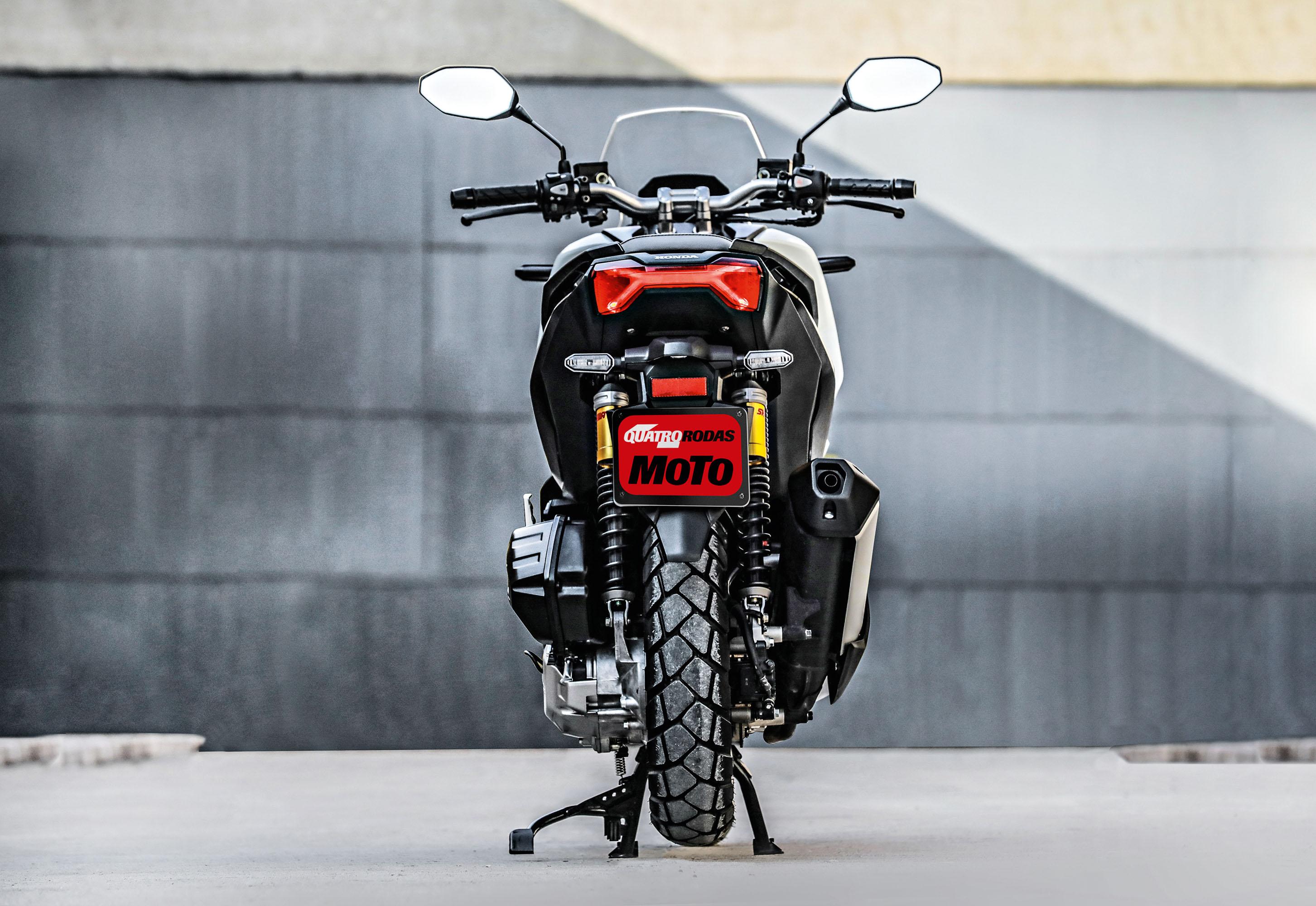 Honda ADV - foto da parte traseira