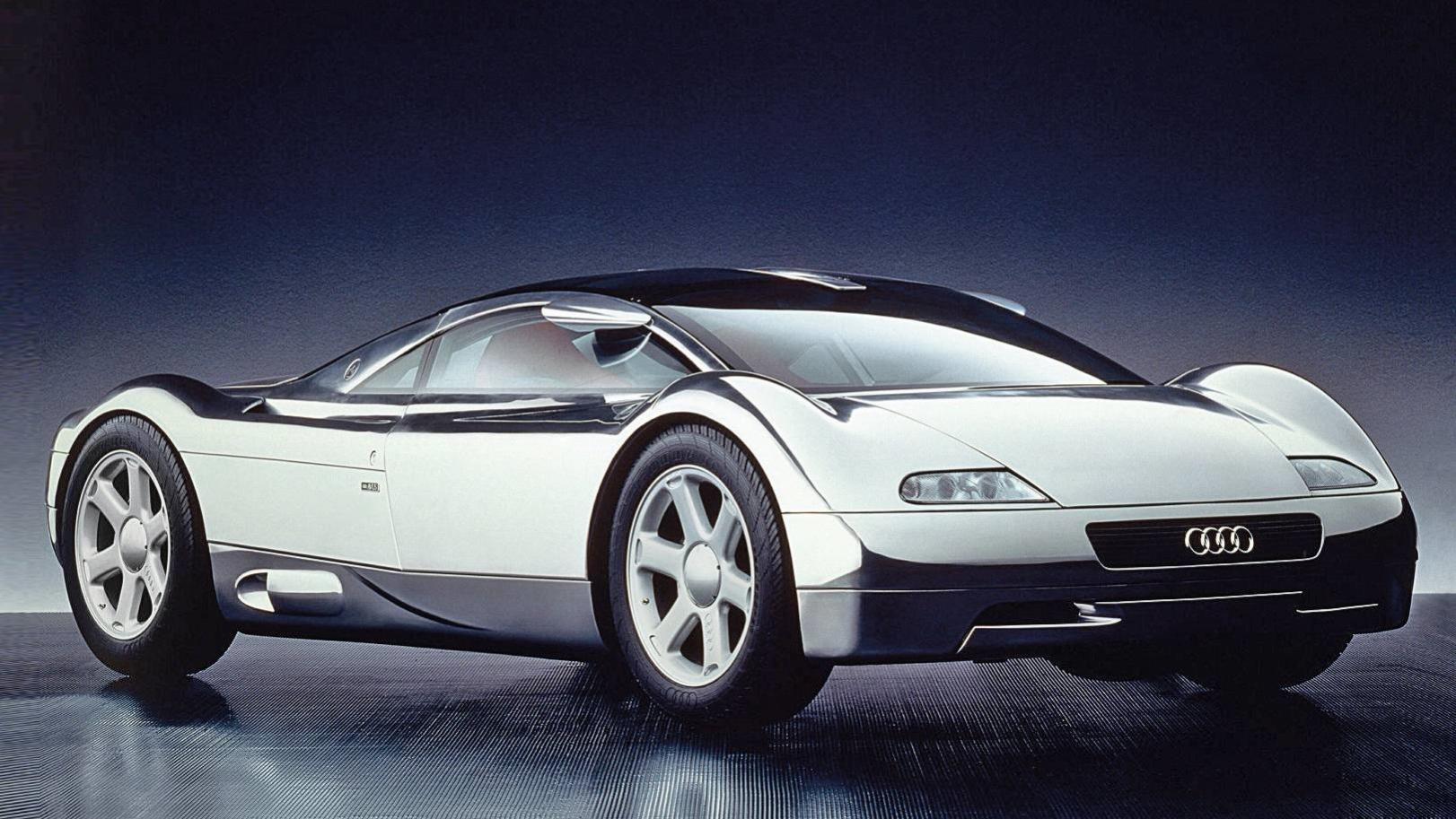 O Avus Quattro inspirou o Audi R8, esportivo lançado anos depois.