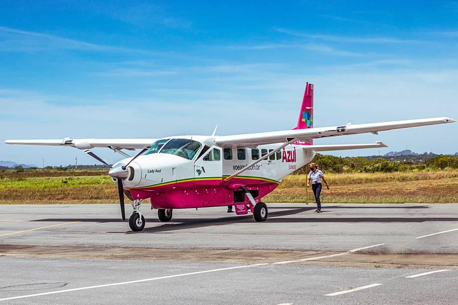 Um dos 17 Cessna da frota Azul — esse em pintura especial do Outubro Rosa.