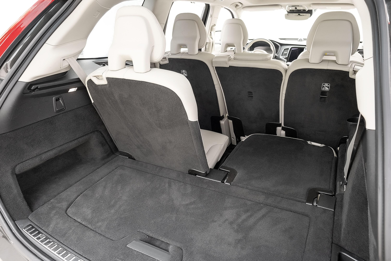 bancos traseiros do Volvo XC90