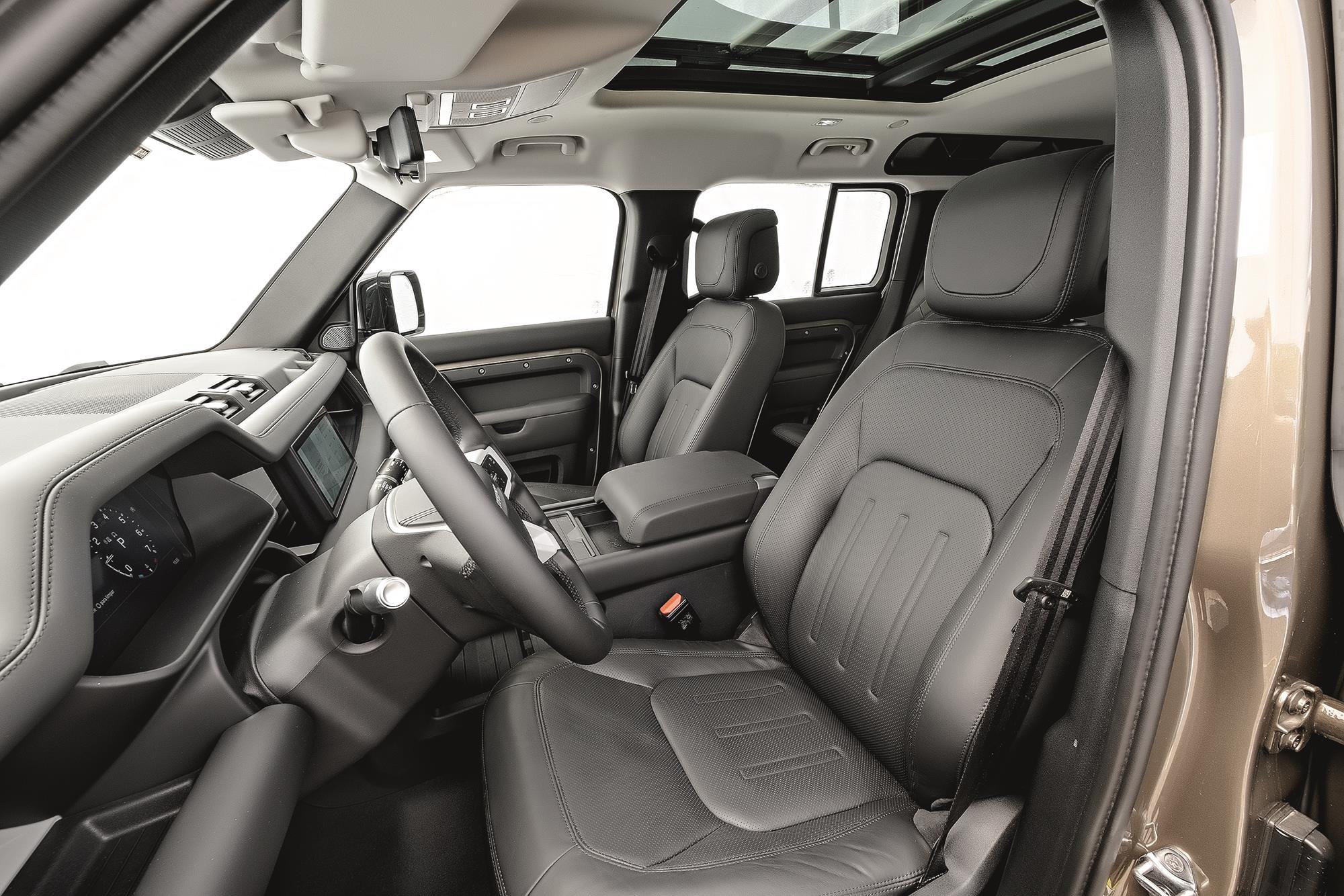 Land Rover Defender HSE 2021 bancos