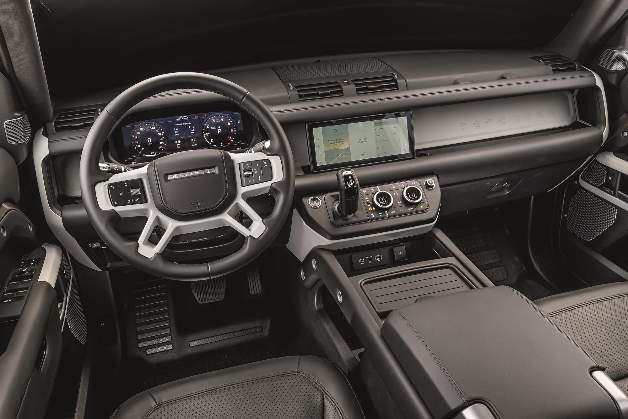 Land Rover Defender HSE 2021 painel
