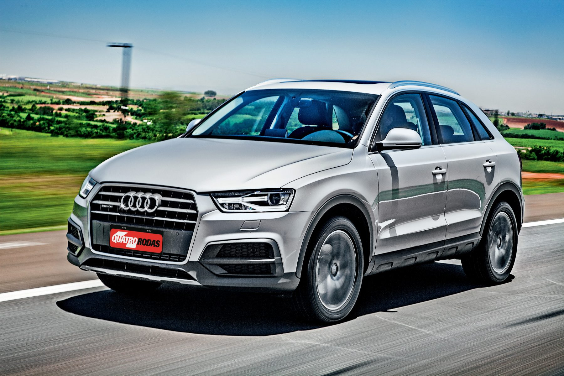 Audi Q3 pense também em um...