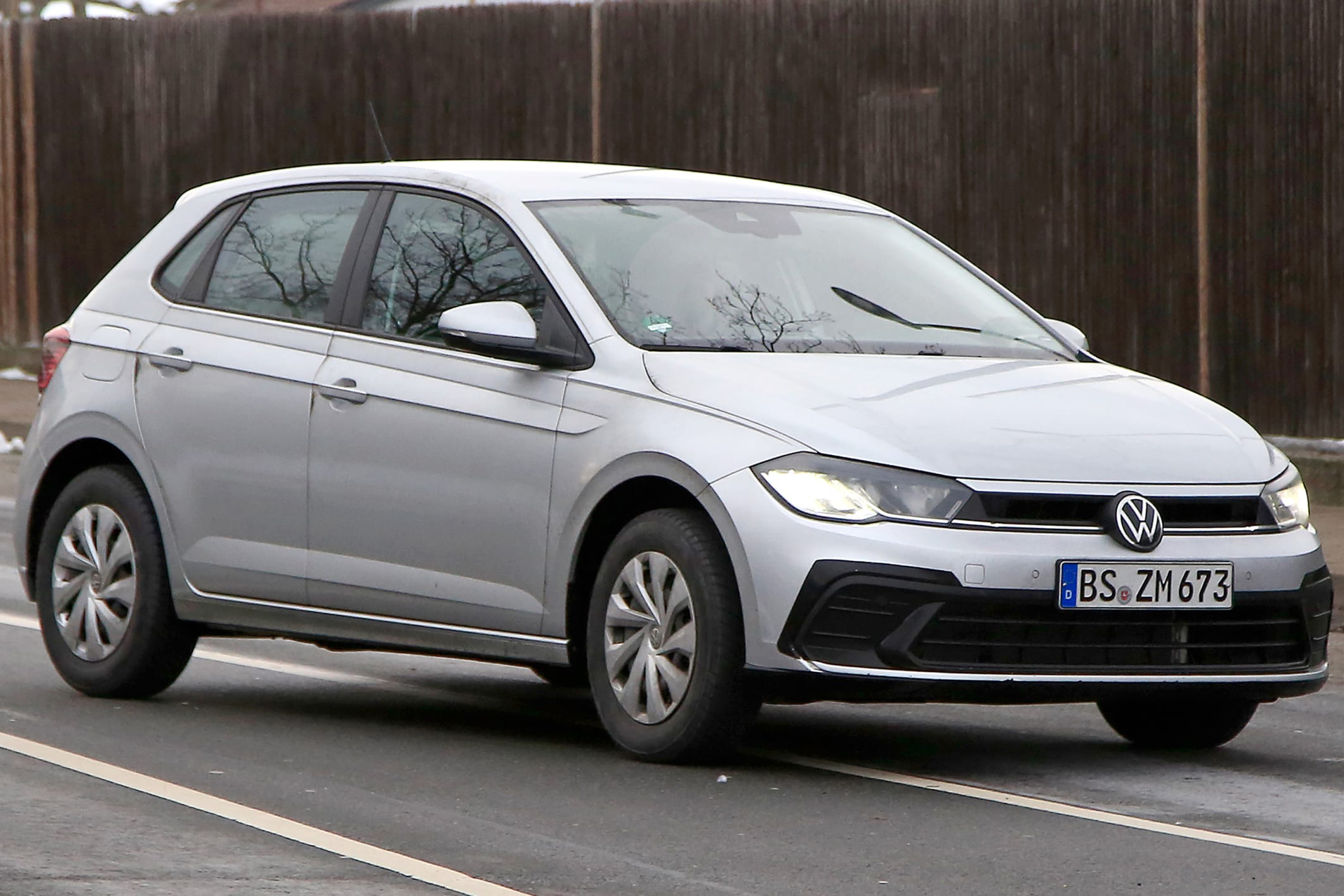 Volkswagen-Polo-2021-spy-4.jpg