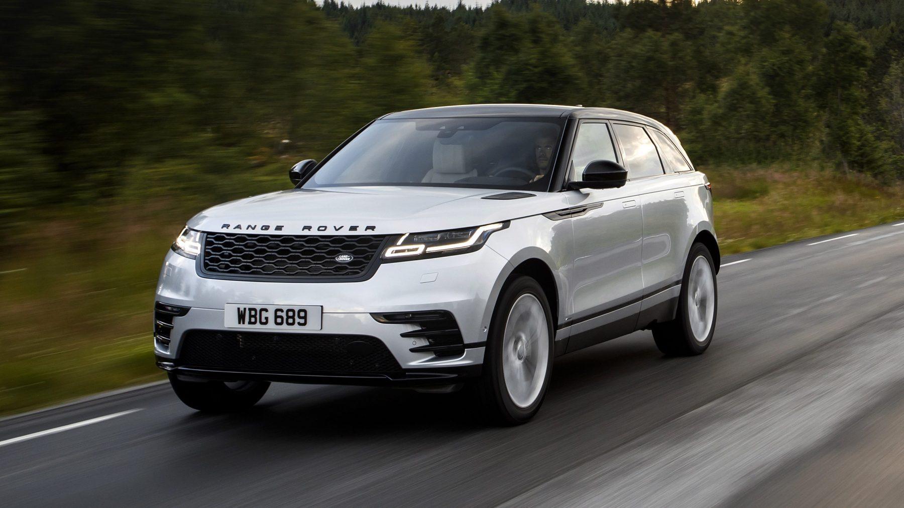 Range Rover Velar 2021 na estrada