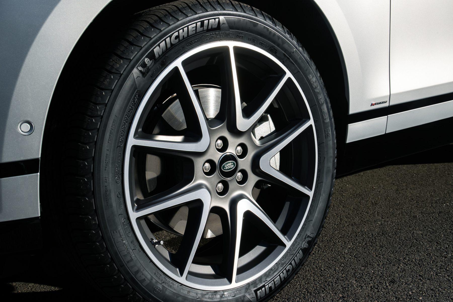 Novas rodas aro 21 da Range Rover Velar 2021