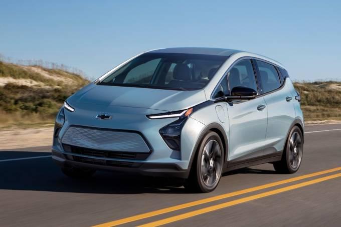 2022-Chevrolet-Bolt-11
