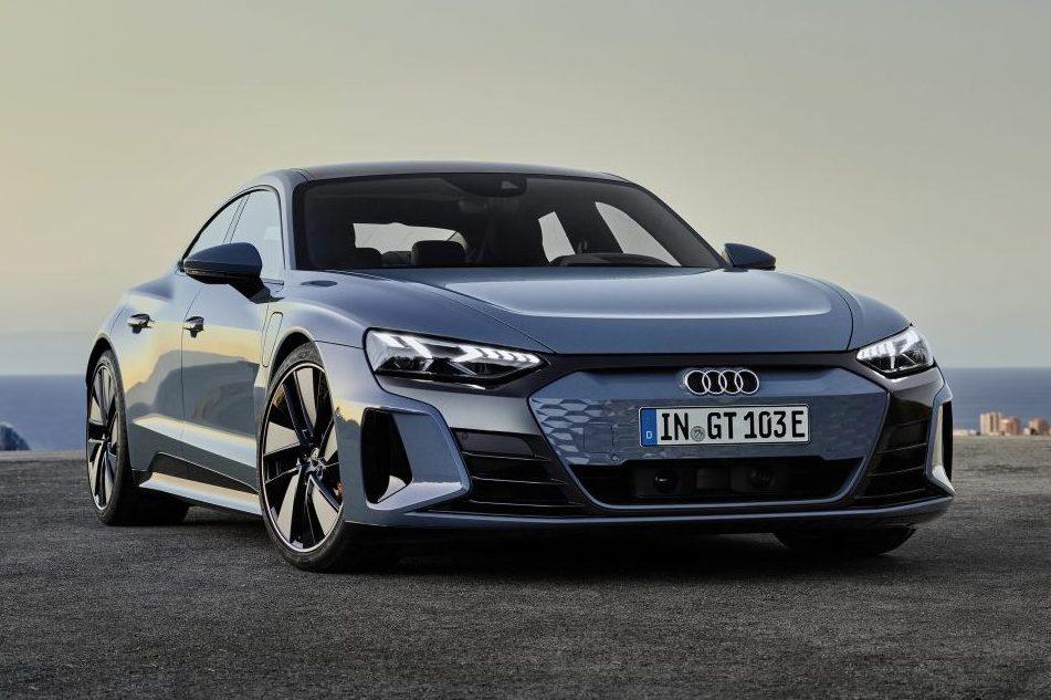 Audi E-tron GT quatro rodas