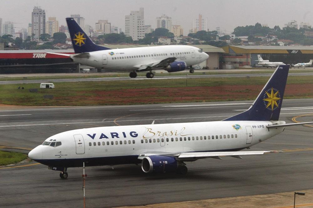 Aviões da Varig no aeroporto de Congonhas.