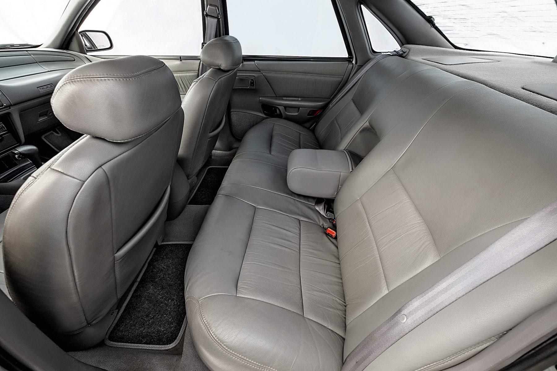 Ford Taurus GL 1994 bancos traseiros