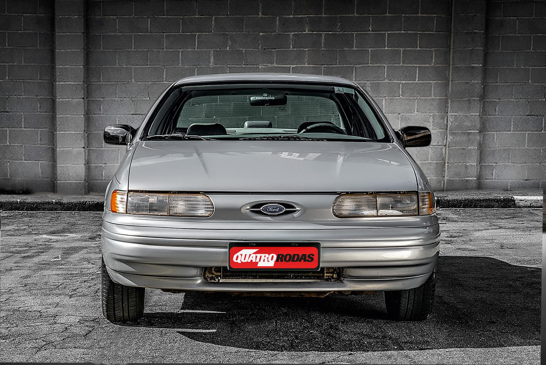 Ford Taurus GL 1994 Dianteira.