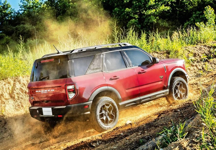 Tração AWD permite bloqueio do diferencial traseiro