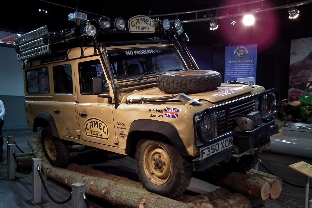 Land Rover Defender Camel Trophy 1989