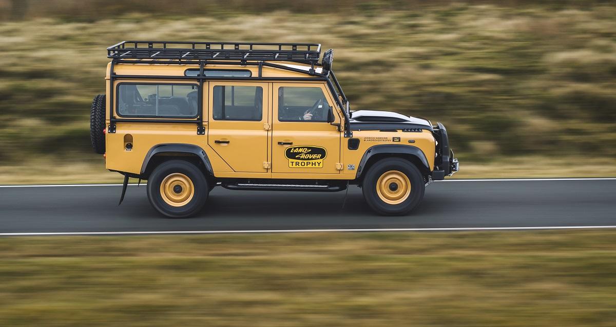Land Rover Defender Camel Trophy 2021