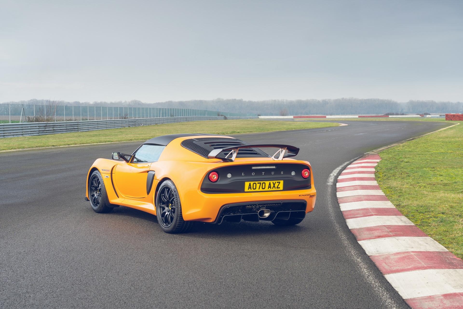 Lotus-Exige-Sport-390