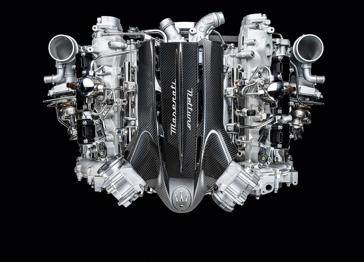 Seu motor Nettuno V6 3.0, o primeiro feito pela própria Maserati em 20 anos, que gera 630 cv de potência