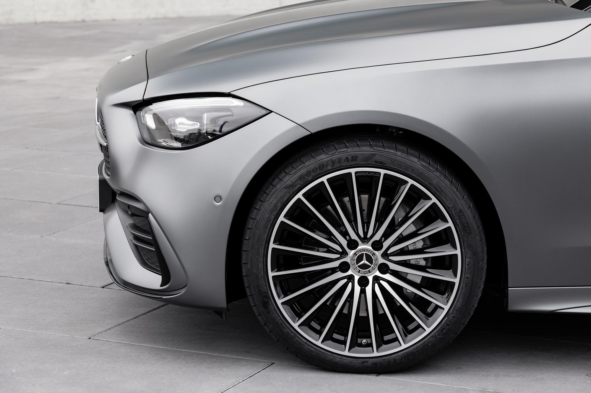 Mercedes-Benz-Classe-C-2022-10.jpg