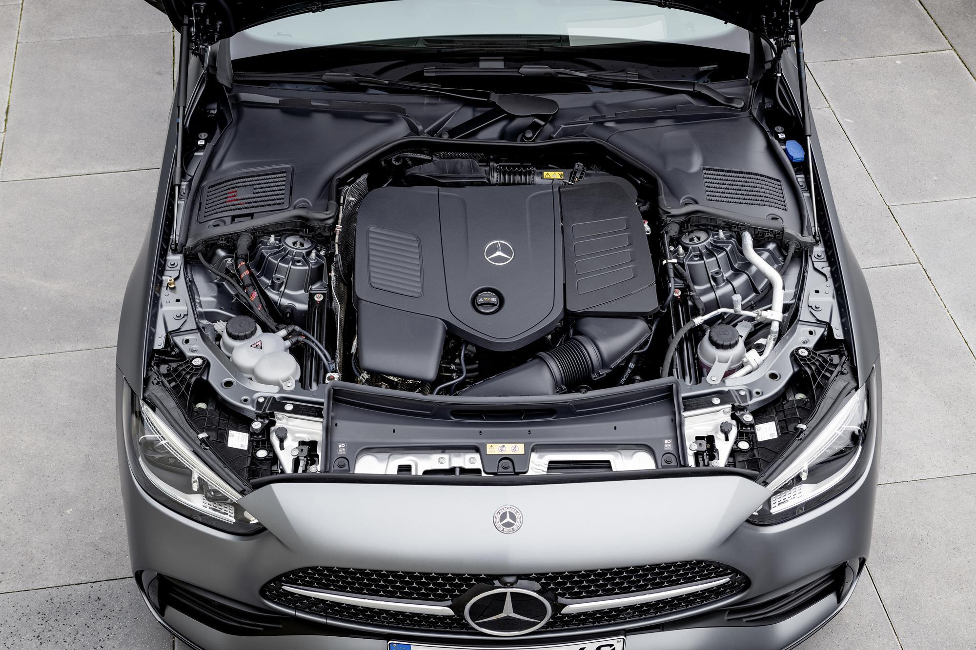 Mercedes-Benz-Classe-C-2022-11.jpg