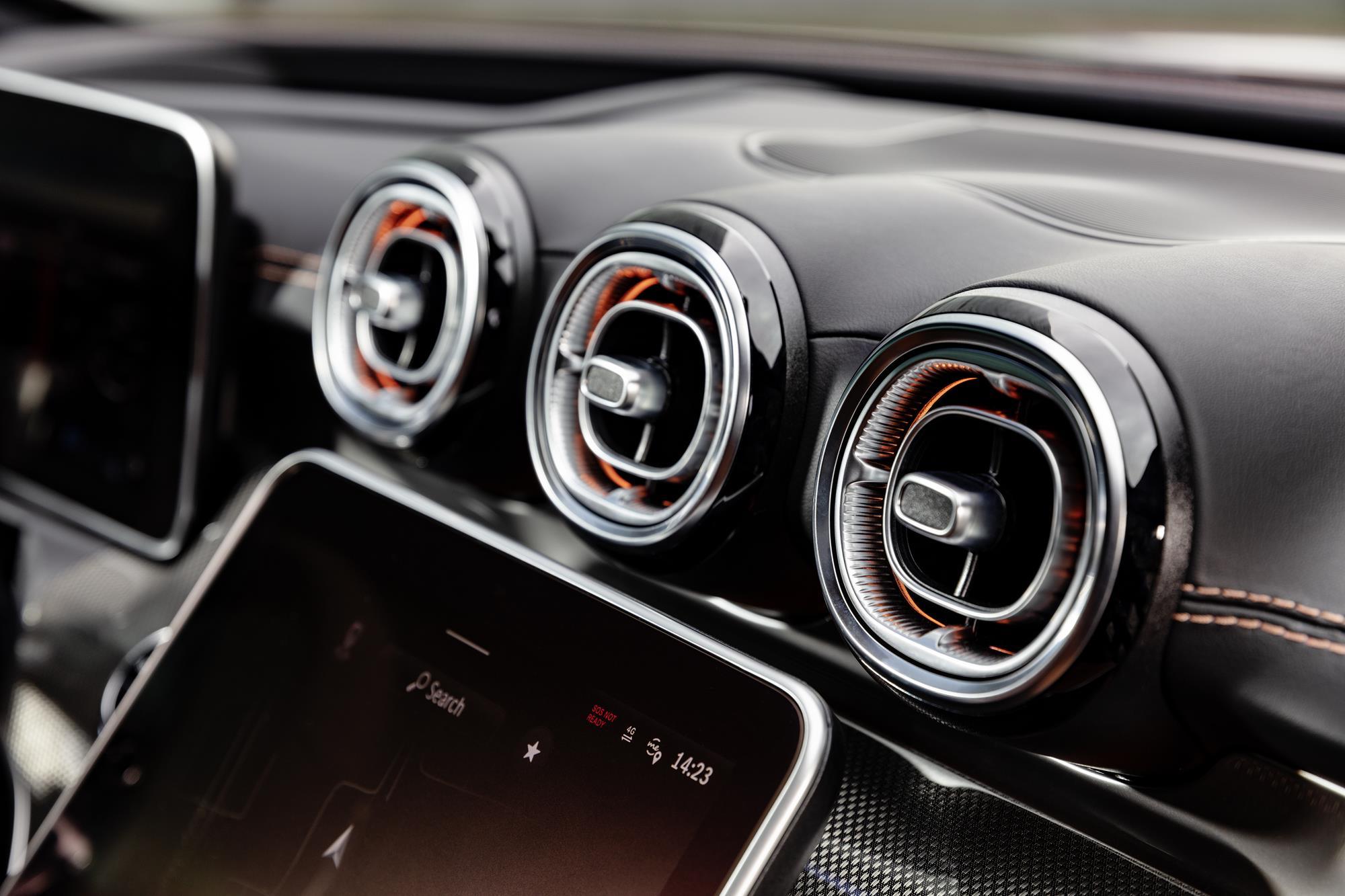 Mercedes-Benz-Classe-C-2022-14.jpg