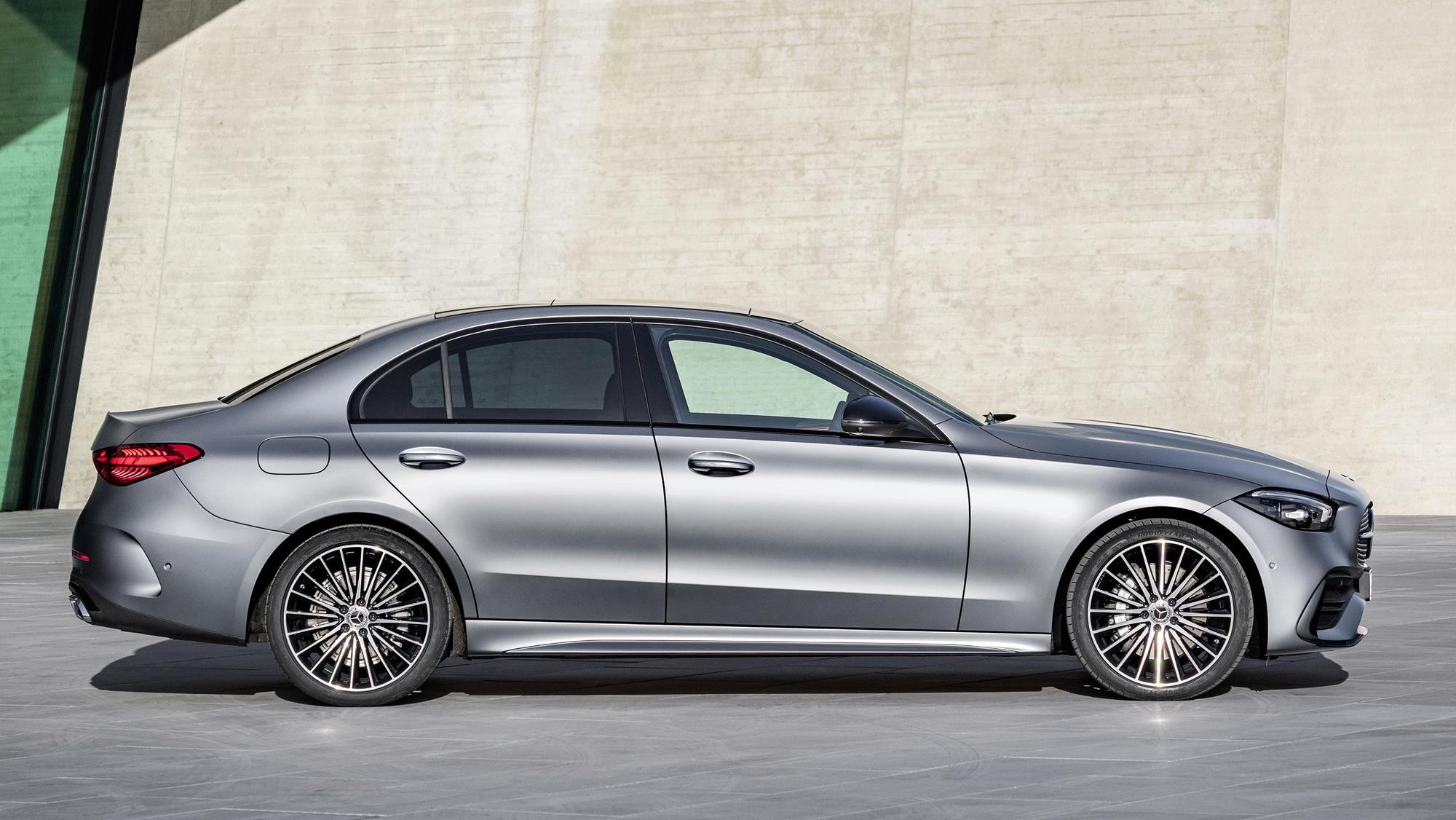 Mercedes-Benz-Classe-C-2022-17.jpg
