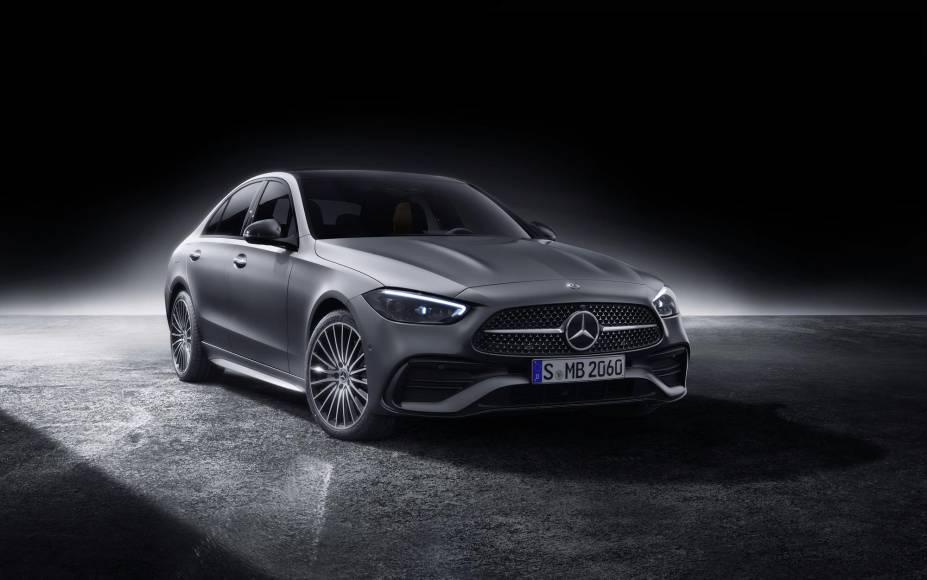 Mercedes-Benz-Classe-C-2022-24.jpg?quali