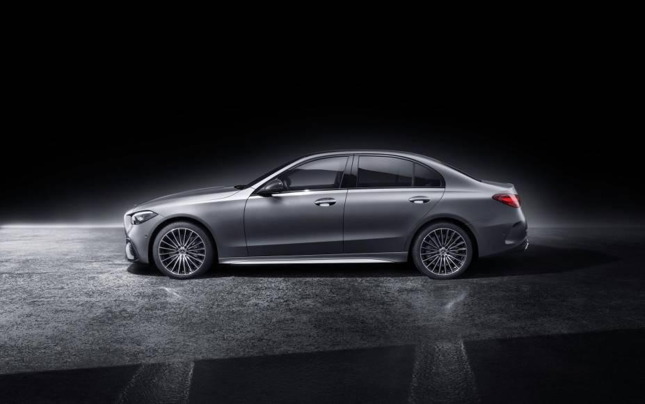 Mercedes-Benz-Classe-C-2022-25.jpg?quali