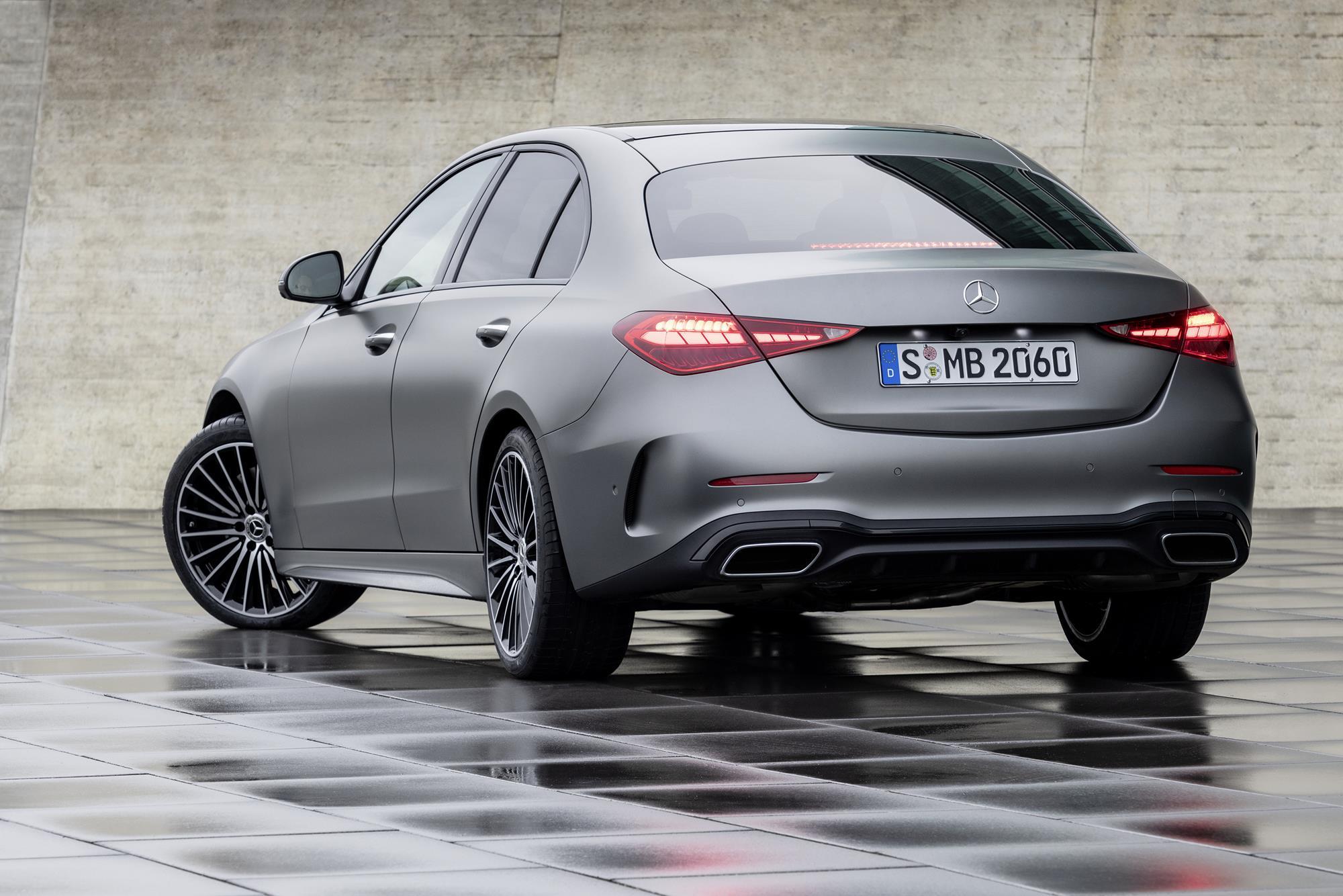 Mercedes-Benz-Classe-C-2022-6.jpg
