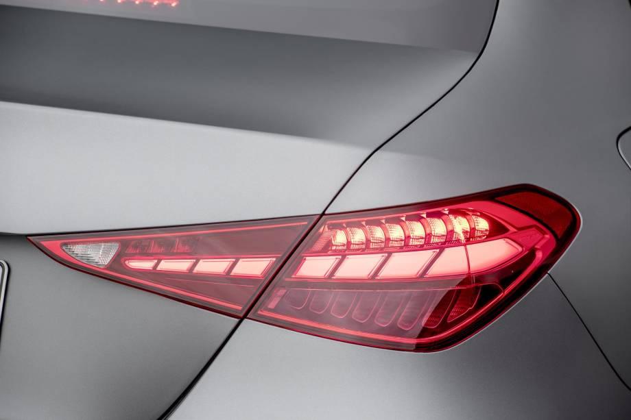 Mercedes-Benz-Classe-C-2022-8.jpg?qualit